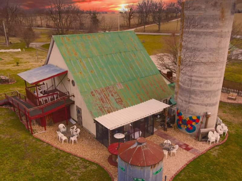 Clever Barn